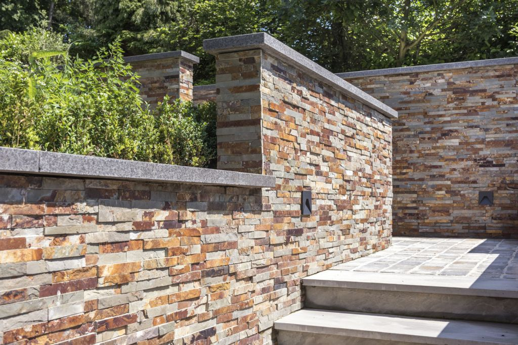 Rusty Slate, Stonepanels<br />Kandla Grey, Natuurruw